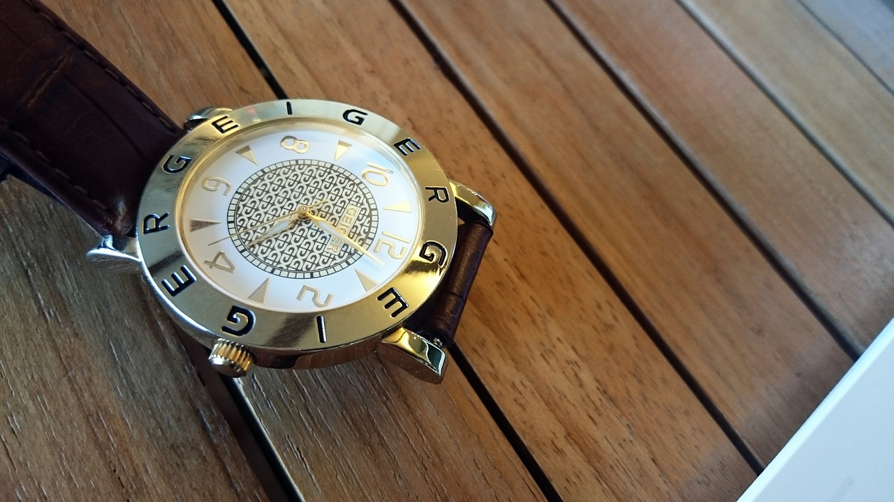 watches-618370_1280